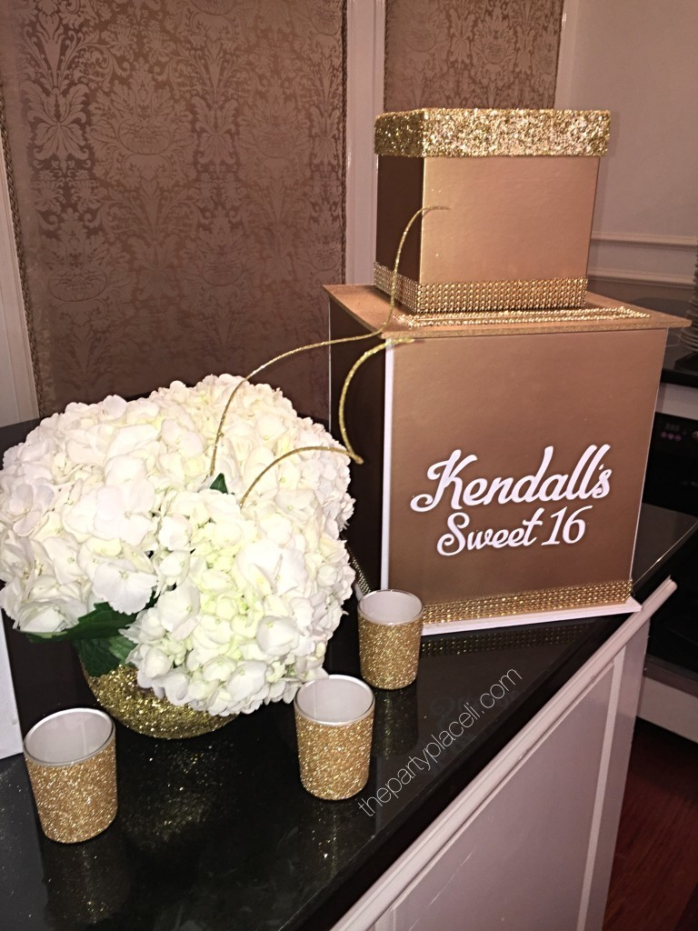 White and gold card box for sweet 16