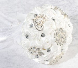 Crystal flower bouquet wedding