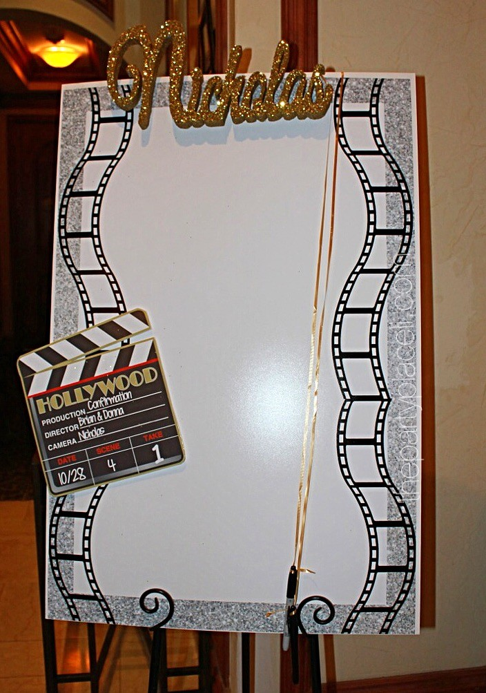 Hollywood Themed Sign in Board