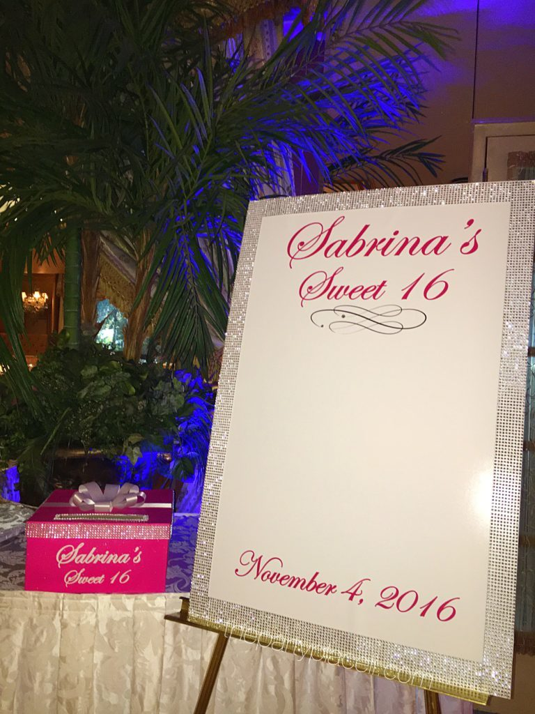 Glam sweet 16 sign in board and card box
