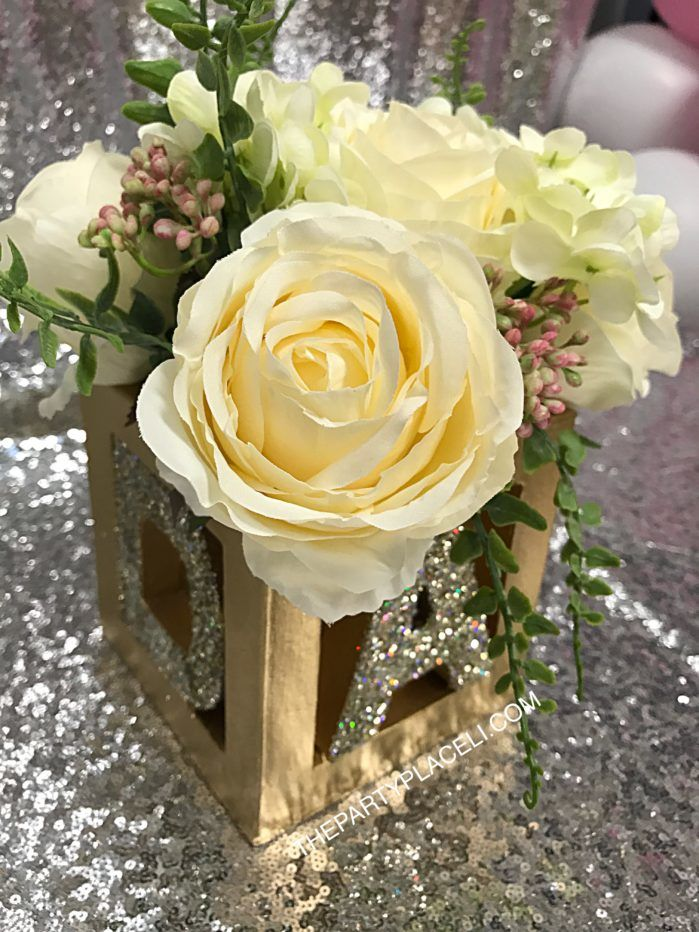 Baby blocks floral centerpiece