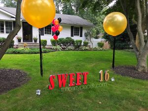 Sweet 16 letters lawn sign